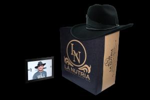 Sombreros de Christian Nodal